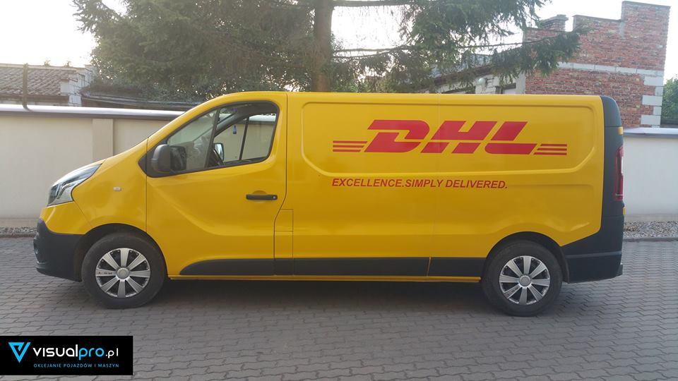 Oklejanie Samochodu DHL z Logiem