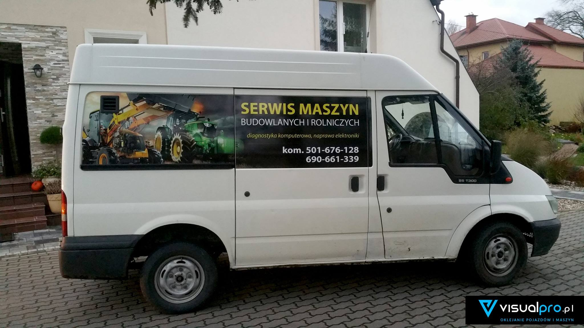 Reklama Na Samochodzie Serwis Maszyn Rolniczych